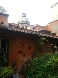 la casa a roma.jpg